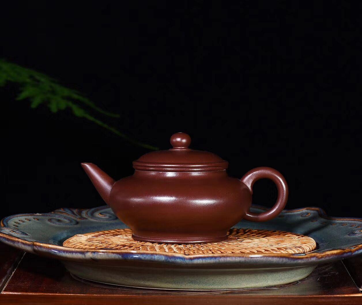 نقية اليدوية ، حقيقية ، الأصلي ، الأرجواني الزركونيوم الطين ، شو يانبيان إبريق الشاي الأفقي 240cc ، Yixing طقم شاي الكونغفو