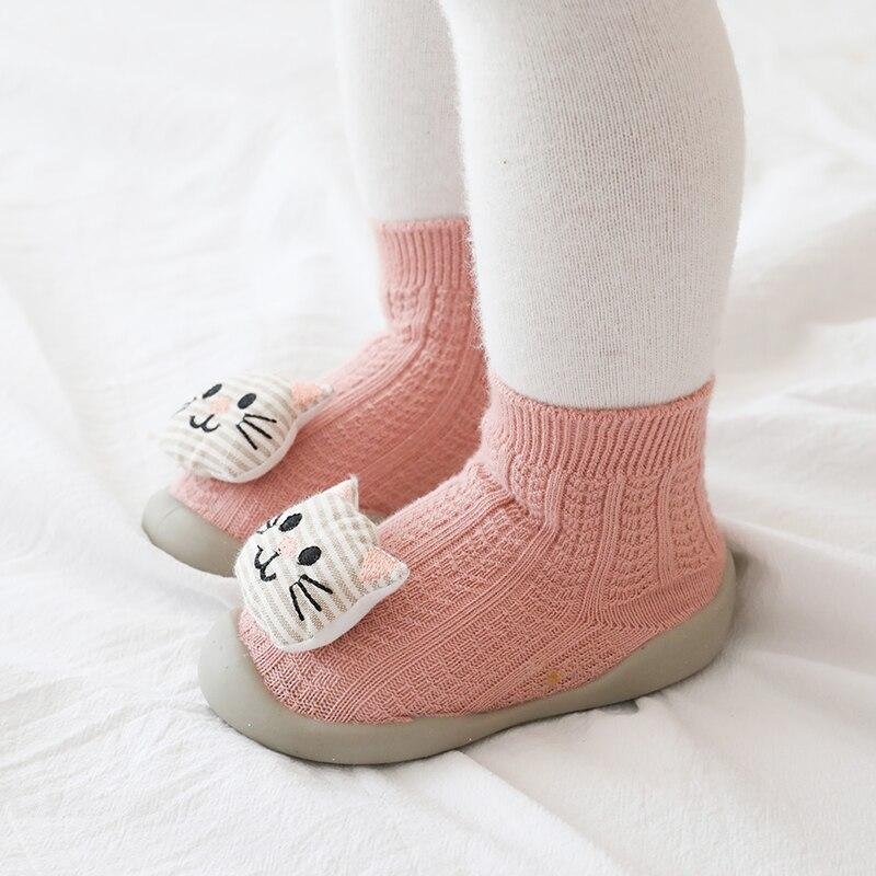 Schuhe baby mädchen warme kunststoff baby booties infant schuh größe junge gestrickte baby booties weiche gummi sohle kinder schuhe stricken hausschuhe