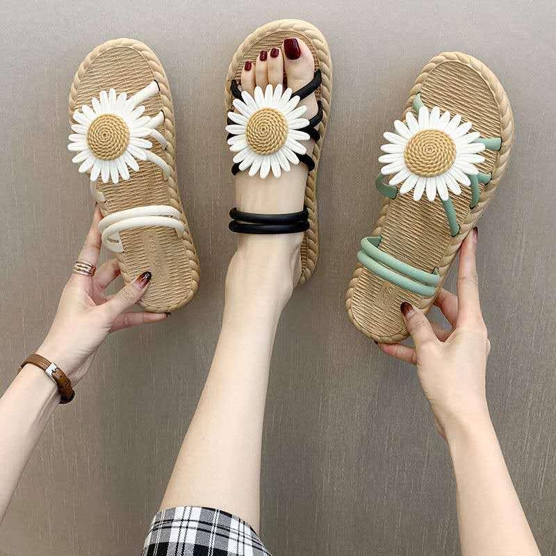 2021 Ladies Slippers Women Indoor Outdoor Female Summer Daisy Non-slip Soft Bottom Beach Flat Sandals