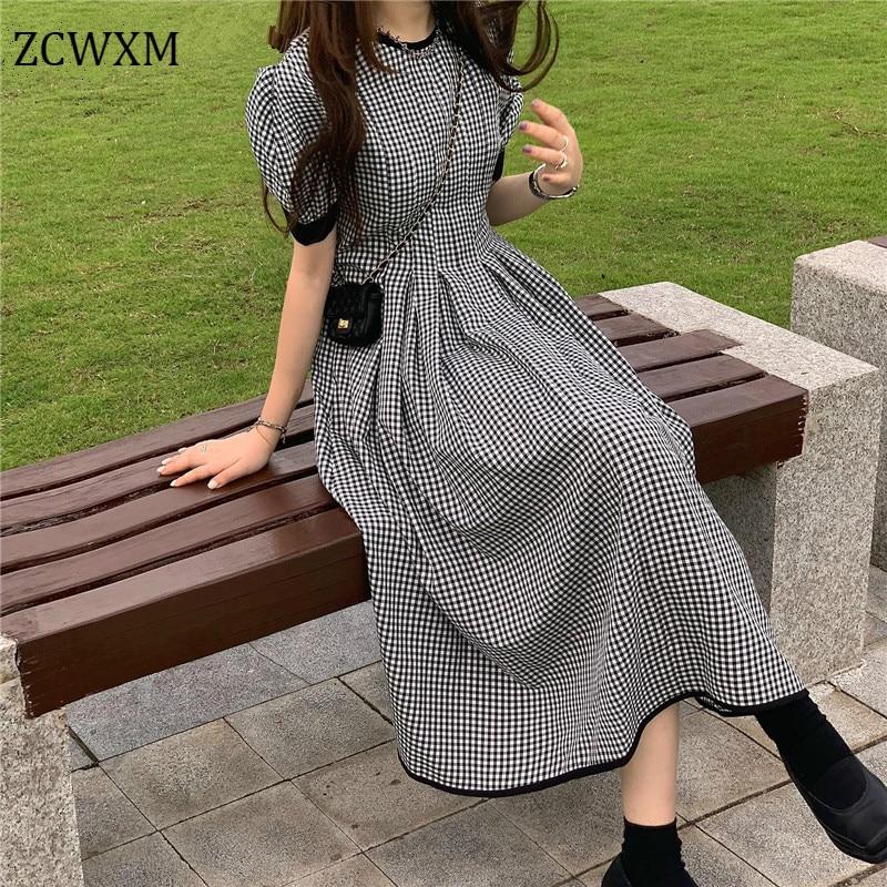 فستان نسائي صيفي جديد من ZCWXM موديل 2021 فساتين كلاسيكية منقوشة رقيقة على الطراز الكوري برقبة دائرية للفتيات أنيقة على شكل حرف a