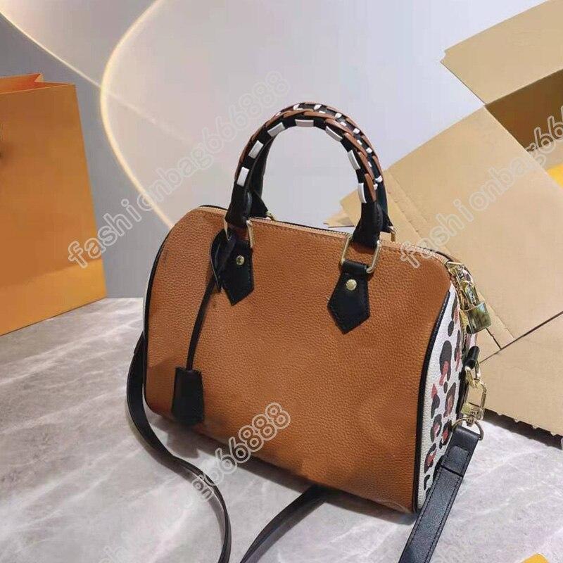 25 حقيبة ليوبارد طباعة بريفال ريتيرو نساء حقائب كتف فاخر مصمم عبر الجسم مفتاح قفل الحقيبة حقائب اليد محفظة