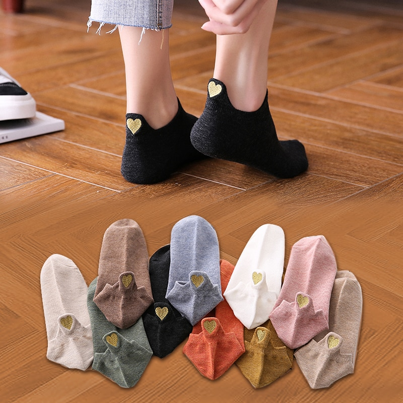 4 Pairs Lot Fashion Socks Women 2021 New Spring Cotton Color Novelty Girls Cute Heart Embroidery Casual Funny Ankle Socks Pack