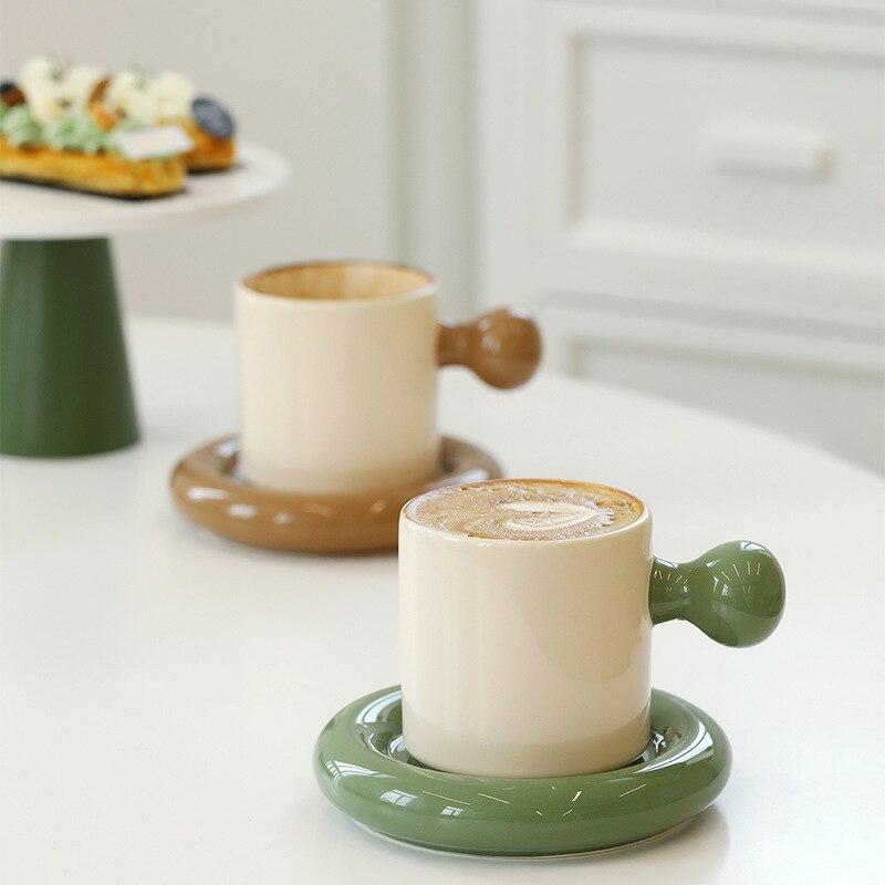 صغيرة الكرة مقبض القدح الرجعية اللون مطابقة فنجان القهوة مع طبق كوب سيراميك الأخضر الداكن زوجين كوب ماء عالية اللون مكتب المنزل
