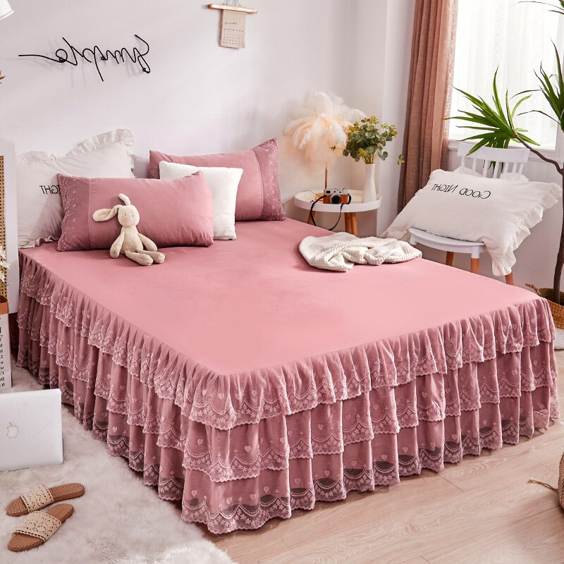 Solid Color Princess Bed Cover European Style Lace Ruffles Bed Skirt King Size Bedsprend Luxury Bedding Pillowcases Set  - buy with discount
