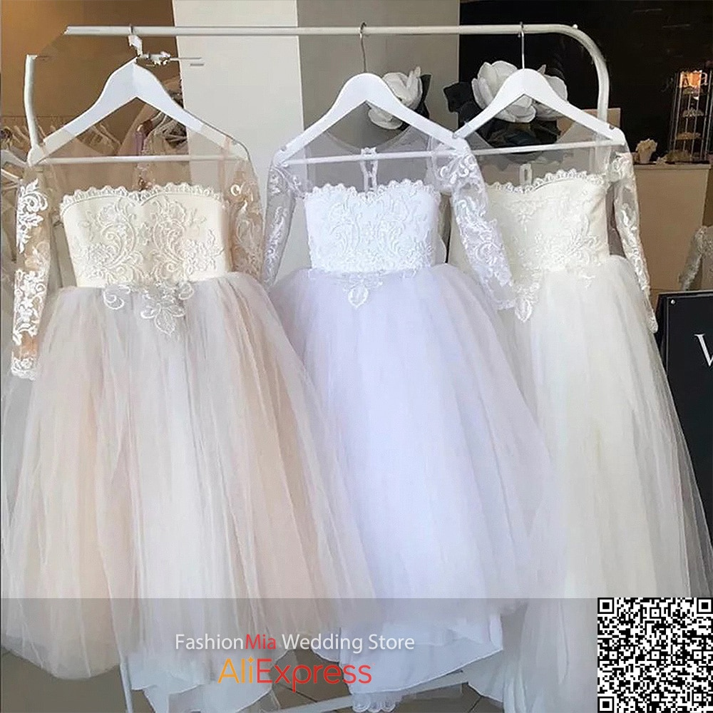 FashionMia Ivory White Puffy Tulle Lace Ball Gown Flower Girl Dresses Long Sleeve Princess Illusion Wedding Party with Bows enlarge