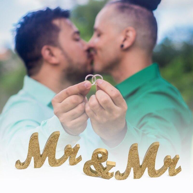 Adornos de letras de madera MR/MRS decoración de la boda para el encaje Gay arte dorado decoración del hogar de la boda adornos del alfabeto inglés