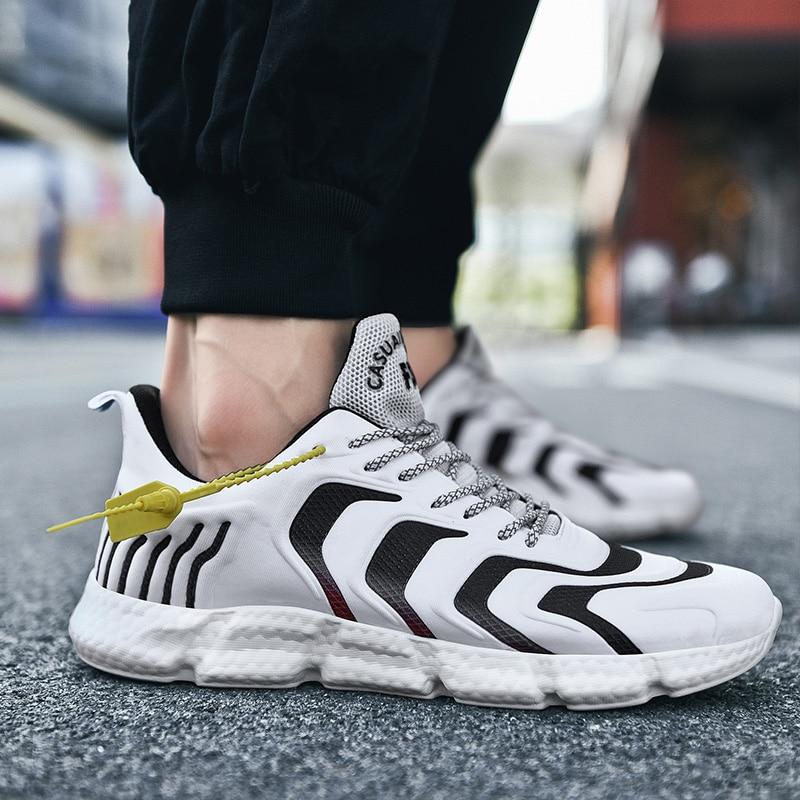 Nouvelle mode chaussures de course 47 hommes chaussures dentraînement en plein air 46 antidérapant léger amortisseur respirant chaussures de sport Zapatos noir