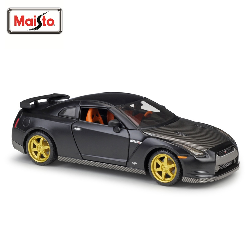 Maisto 1:24 2009 Nissan GTR Series High Simulation Metal Vehicle Diecast Pull Back Car Model Toy for Collection