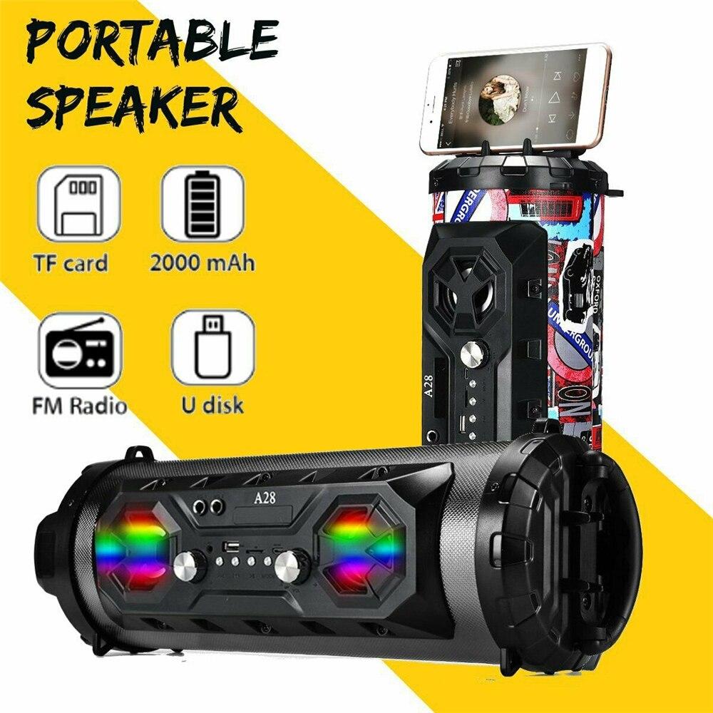 سماعة لاسلكية تعمل بالبلوتوث المتكلم في الهواء الطلق المحمولة مع حزام الكتف ستيريو مكبرات الصوت 1500mAh بطارية الموسيقى راديو FM / USB / TF المتكلم