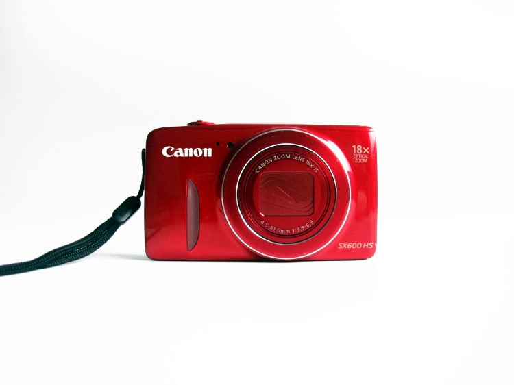 ¡Precio especial usado! Cámara Digital Canon PowerShot SX600 HS 16MP-Wi-Fi activado (rojo)