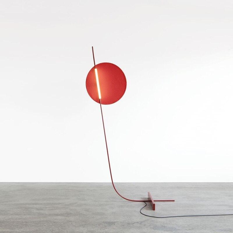 Moderne Nordic creatieve rode woonkamer LED vloerlamp art nachtkastje slaapkamer studie verlichting