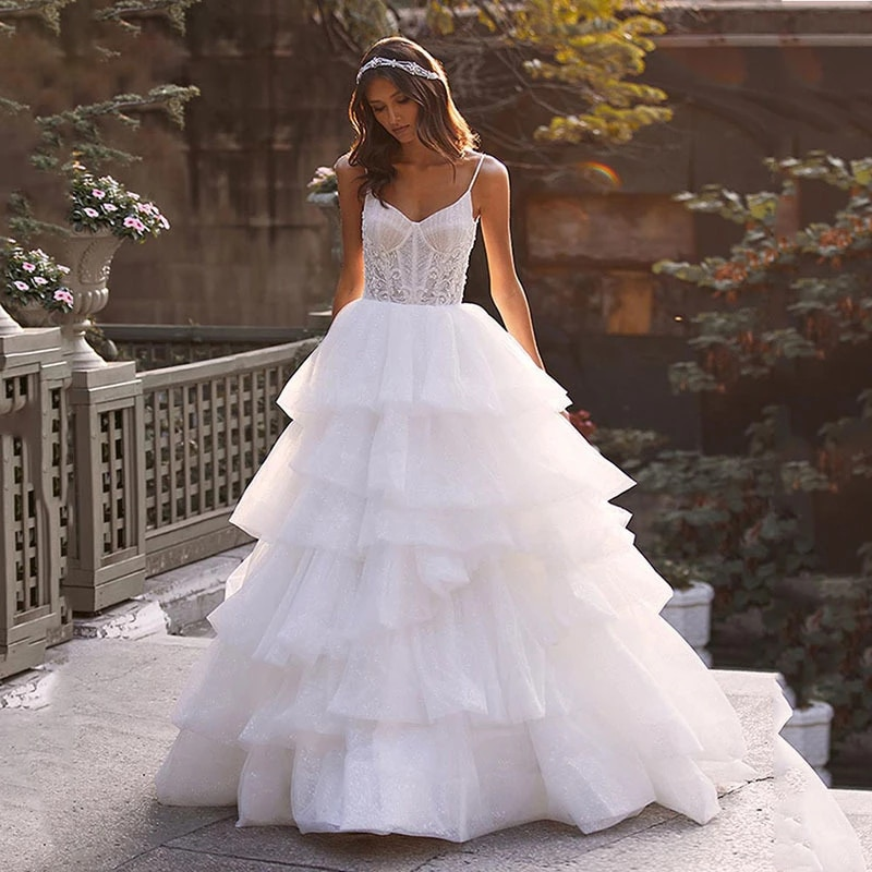Promo Luxury A-Line Wedding Dresses Sleeveless Backless Three-dimensional applique Gowns Spaghetti Strap Delicate layered shiny tulle