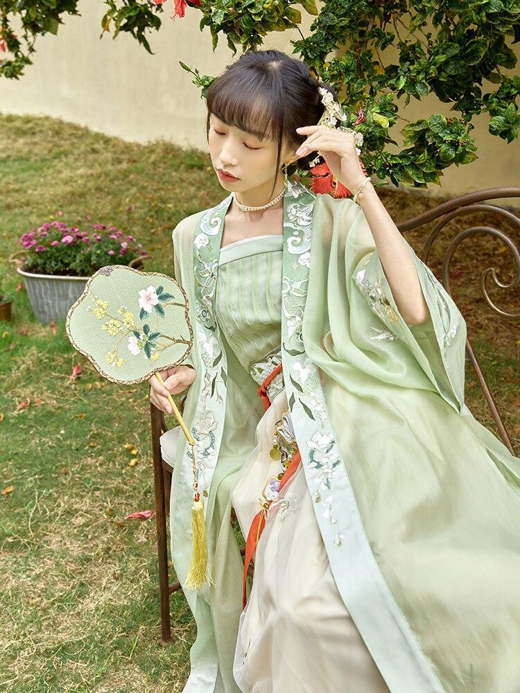 التطريز على سترة حبال مطوي تنورة أغنية هان الملابس النسائية الربيع hanfu