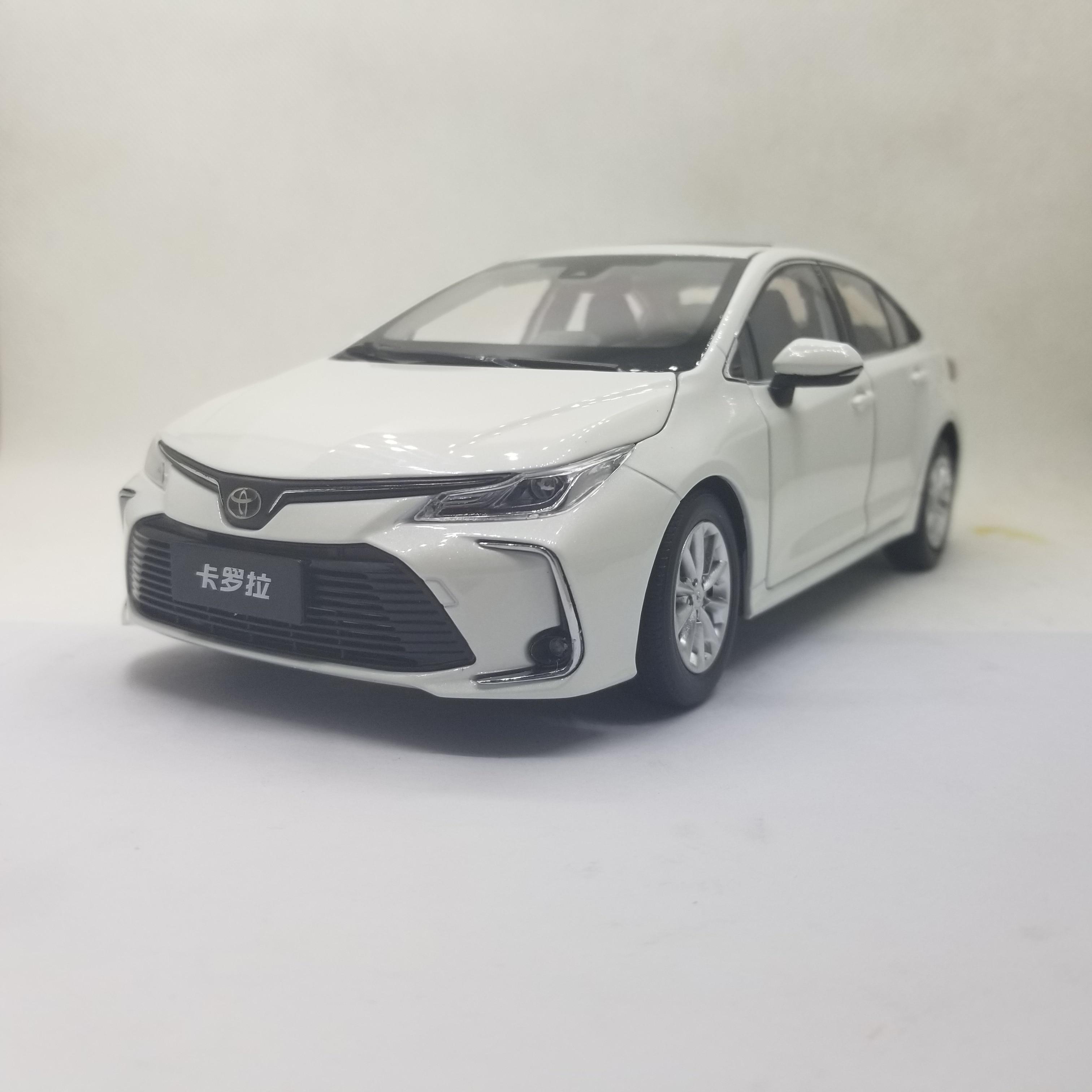 1:18 دييكاست نموذج لتويوتا كورولا 2019 الأبيض سيدان لعبة معدنيّة سيارة مصغرة جمع الهدايا حار بيع Altis
