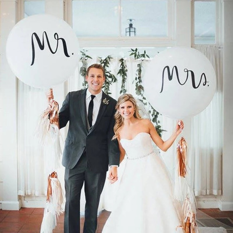 Big Good Quality 36inch Round White Print Mr&Mrs Latex Balloons Happy Wedding Party Valentine's Day Event Air Globos Supplies