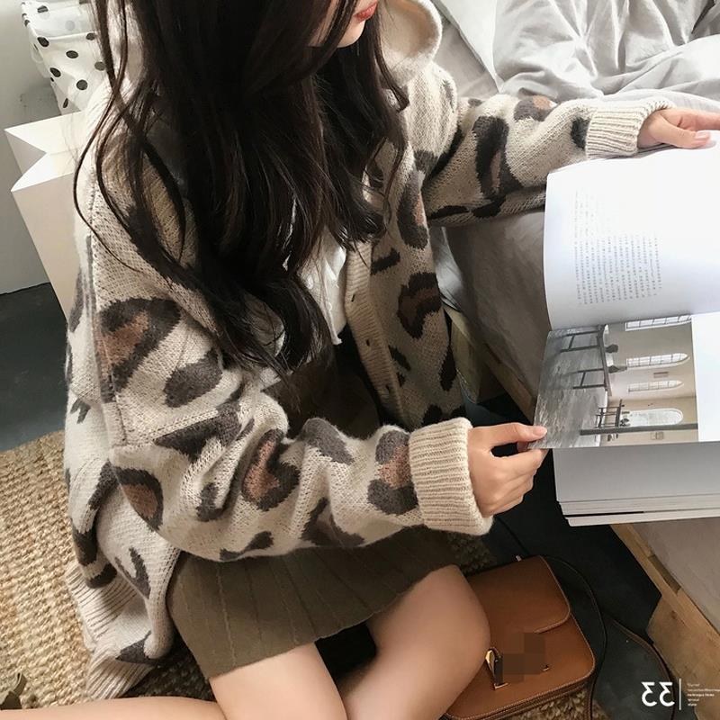 Autumn and winter 2020 new loose and lazy wind net red ins sweater over V-neck knitted Cardigan Jacket Women's fashion enlarge