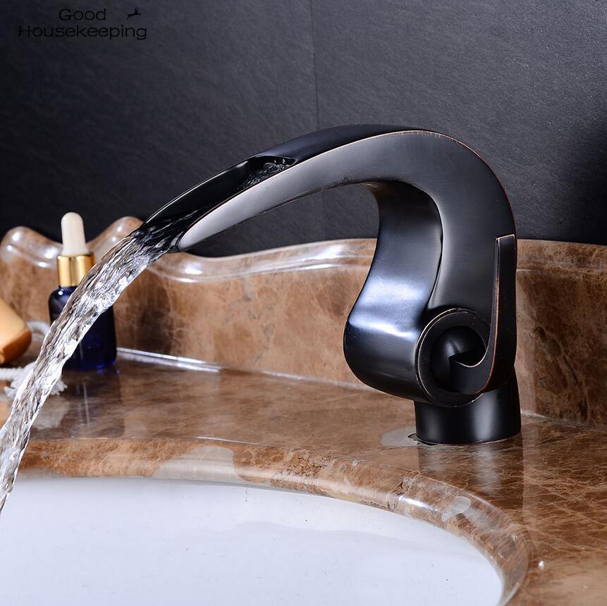 2 الألوان الأوروبي الرجعية الساخنة والباردة المياه صنبور تحت مكافحة حوض شلال صنبور الساخنة والباردة الحمام صنبور