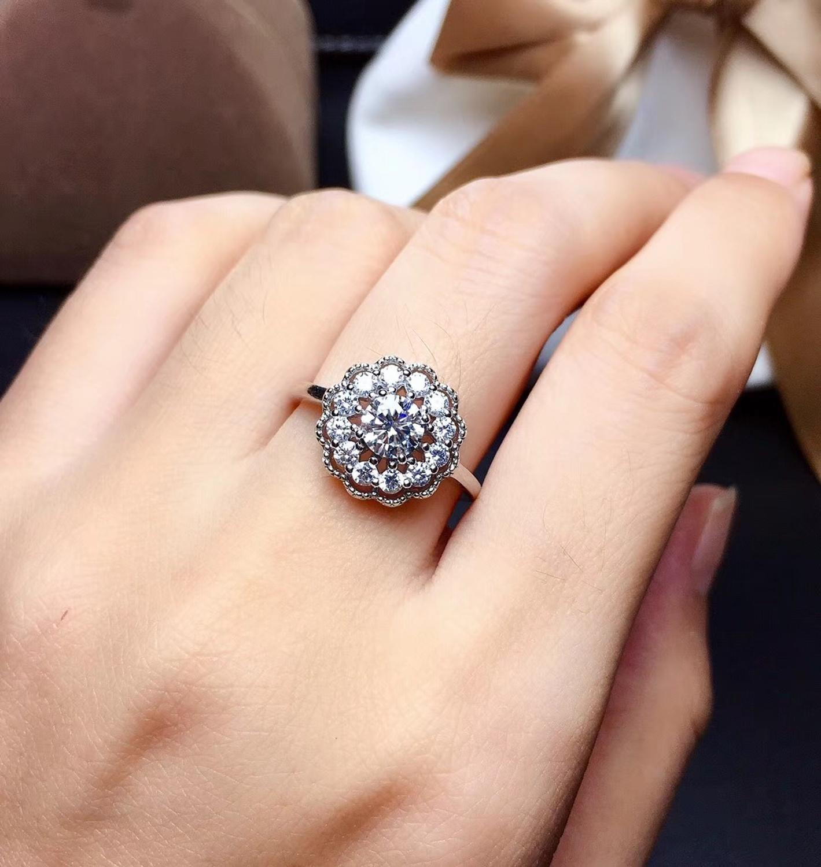 Муассанит, 0,3 карат Супер горячая продажа, сравнимый с бриллиантами, 925 серебро