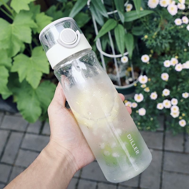 Botella de agua deportiva portátil de 840ml para acampar al aire libre, botella de agua de plástico Tritan a prueba de fugas, botella de agua escolar para estudiantes