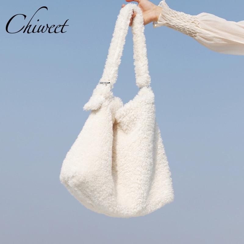 Winter Lambswool Women Handbags Luxury Designer White Shoulder Bags Brand Faux Fur Large Tote Female Messenger Bag Bucket Bag