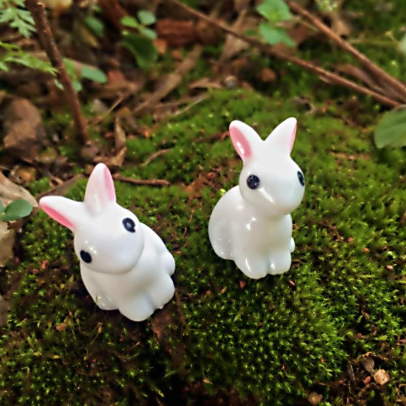 Resina sintética pintada a mano Mini conejo ornamento miniatura figurita modelo Pastoral estilo Animal adornos hogar Decoración artesanal