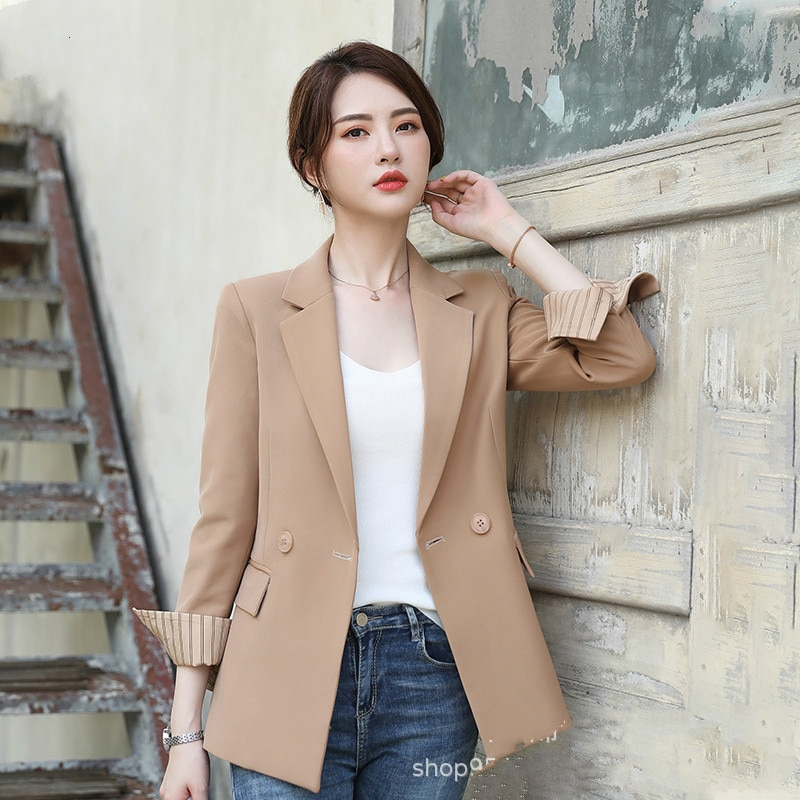 Professional women's suit jacket autumn and winter new shirt small suit long-sleeved jacket loose female OL temperament suit floral and animal embroidery long sleeved jacket