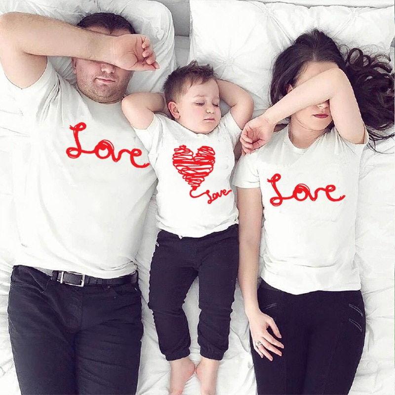 1pc Family matching outfits family look casual print Short Sleeve T shirt father mother boy girl  Mommy and Me Clothesclothes