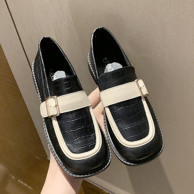 2021 scarpe da donna di moda nuovi appartamenti con punta quadrata di qualità retrò piccolo Slip On primavera estate signora eleganti scarpe singole