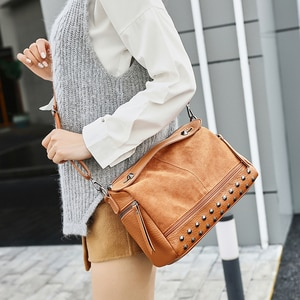 Shoulder Motorcycle Bags For Women 2020 New Luxury Crossbody Fashion Designer Vintage Leather Toiletry Travel Messenger Handbags