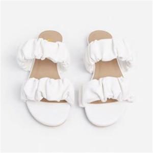 Women Sandals Fashion Light Women Flat Slippers Platform Fashion Designer Women Fashion Sandals Pleated Women's Fashion Slippers