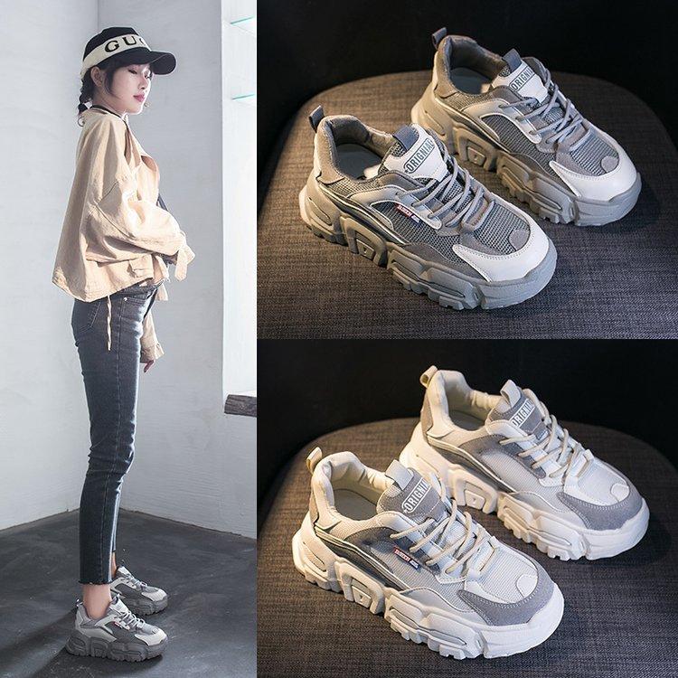 حذاء رياضي نسائي مسامي ، حذاء جري للطلاب ، على الطراز الكوري ، عصري للغاية ، موسم الربيع
