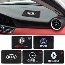 Alfombrilla antideslizante con emblema de coche de 12,8x19,7 cm para teléfono, alfombrilla antideslizante de PVC, almohadilla de Gel adhesiva para Dodge Fiat Jeep Kia MG MINI Seat Volvo