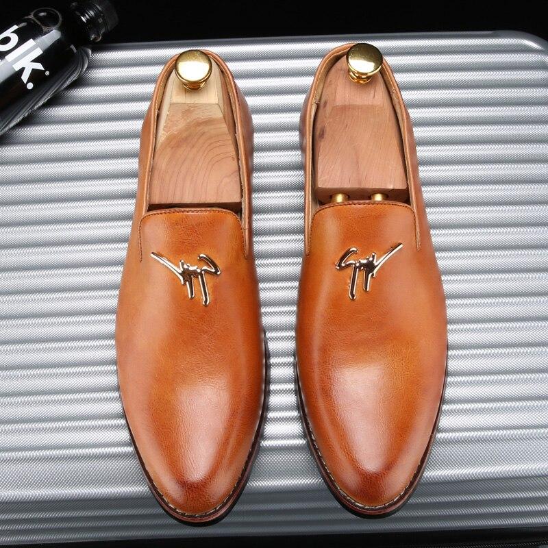 أحذية الرجال موضة أحذية أنيقة عادية جلدية رسمية رجالي الجلد الأخفاف ل حذاء رجالي الزفاف حذاء رجالي عالية الكعب