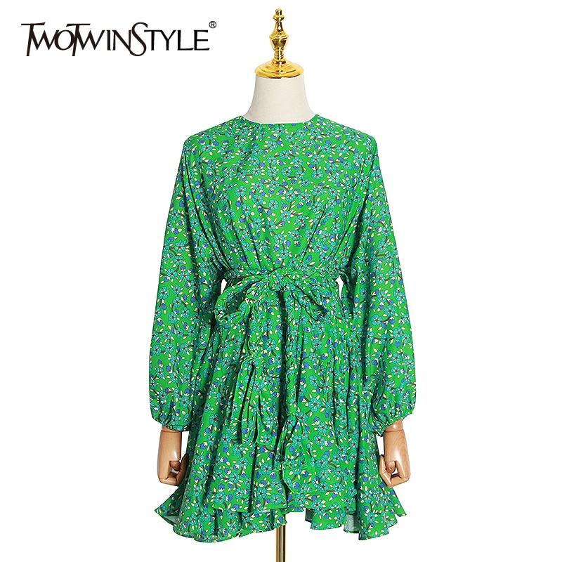 فستان نسائي مطبوع TWOTWINSTYLE, فستان مطبوع برقبة على شكل حرف O بأكمام طويلة وخصر مرتفع ومزدان بالدانتيل والكشكشة