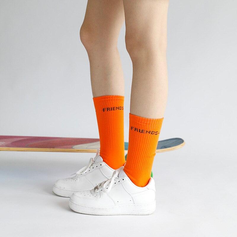 Оптовая продажа, новинка, Молодежный стиль, мужские спортивные изысканные носки для скейтборда в стиле хип-хоп с надписью друзей, повседнев...