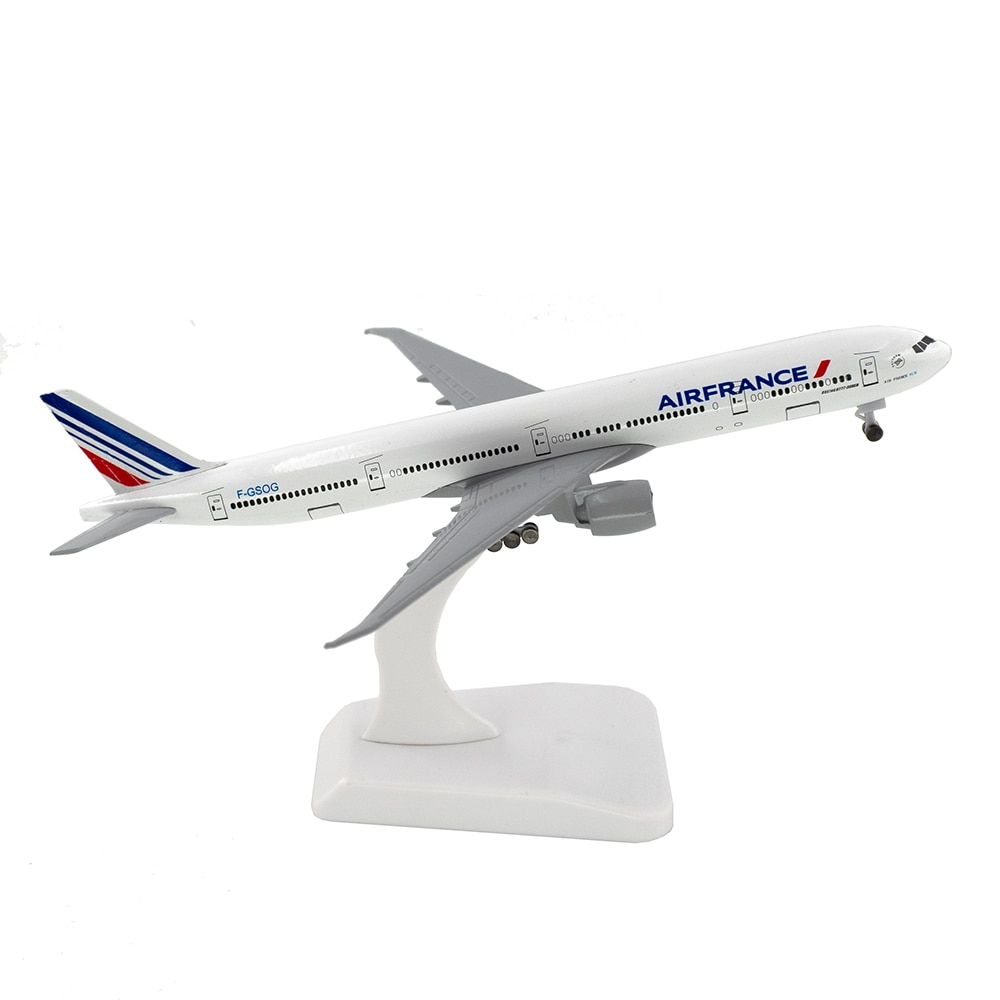 18cm Aircraft Air France Boeing 777 with Landing Gear B777 Alloy Plane Model Toys Children Kids Gift for Collection
