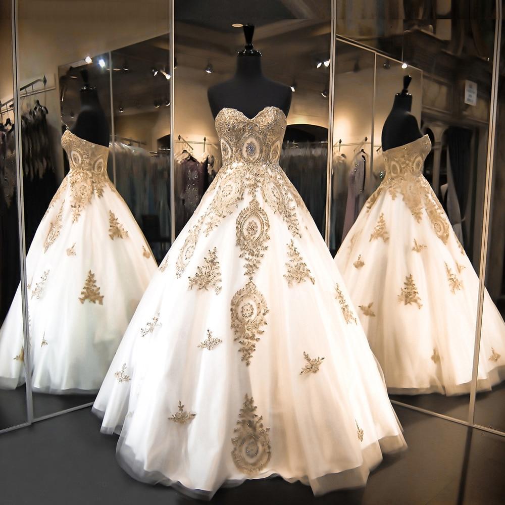فستان زفاف من الدانتيل القوطي ، ثوب الكرة ، فستان الأميرة ، طول الأرض ، أبيض ، ذهبي ، 2019