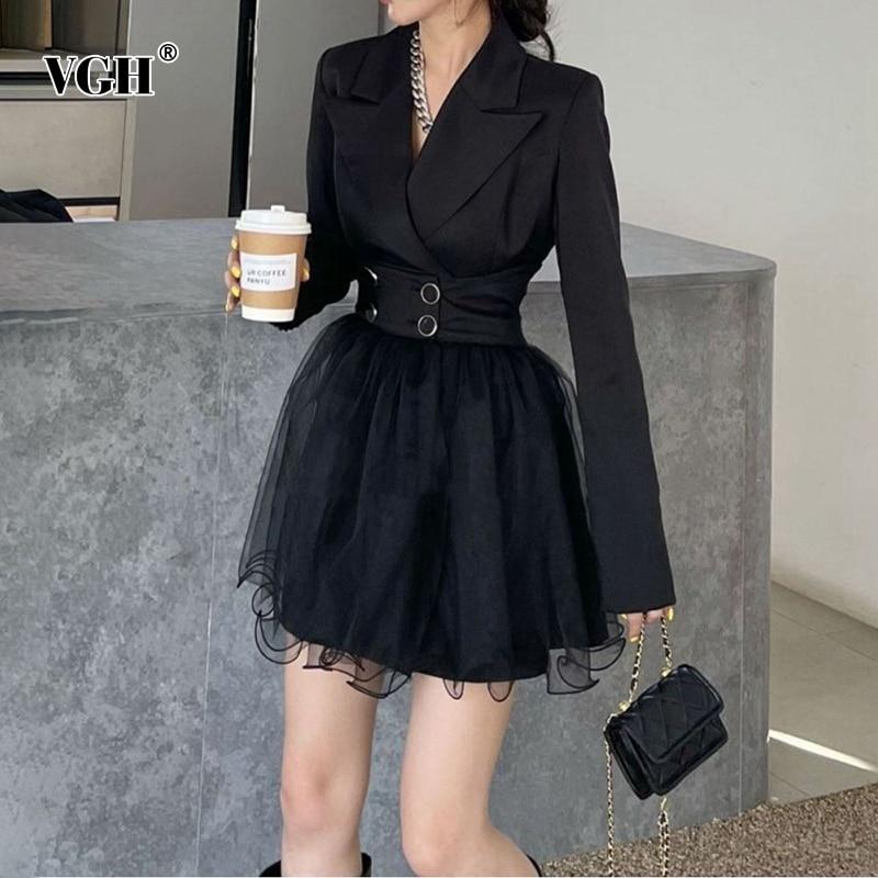VGH أطقم فساتين سوداء مزاجه الإناث محززة فساتين طويلة الأكمام عالية الخصر تنورة صغيرة الكورية ضئيلة المرأة دعوى 2021 الملابس