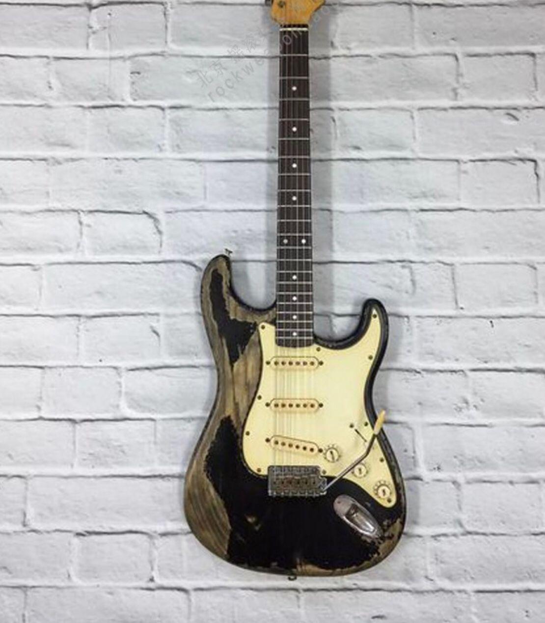 High quality Electric Guitar,relics rosewood fingerboard gitaar.relics by hands.black color guitarra.