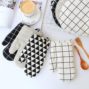 1 Piece Cute Non-slip Yellow Gray Cotton Fashion Nordic Kitchen Cooking Microwave Gloves Baking BBQ Potholders Oven Mitts