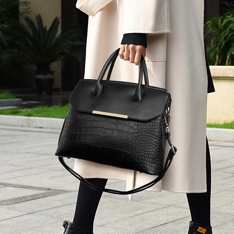 جلد طبيعي حقائب النساء سعة كبيرة الإناث التسوق مستحضرات التجميل حجر نمط السيدات المحافظ وحقائب اليد الفاخرة حقيبة أنيقة