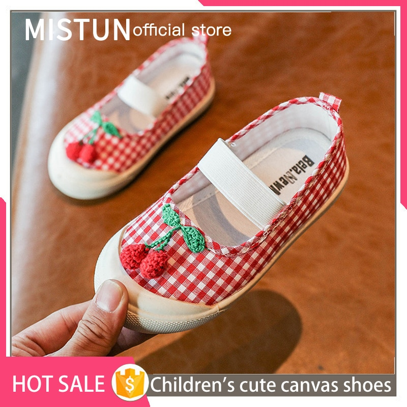 1-3 years old children's canvas shoes 2021 Korean version of the flat-soled girls' shoes children's
