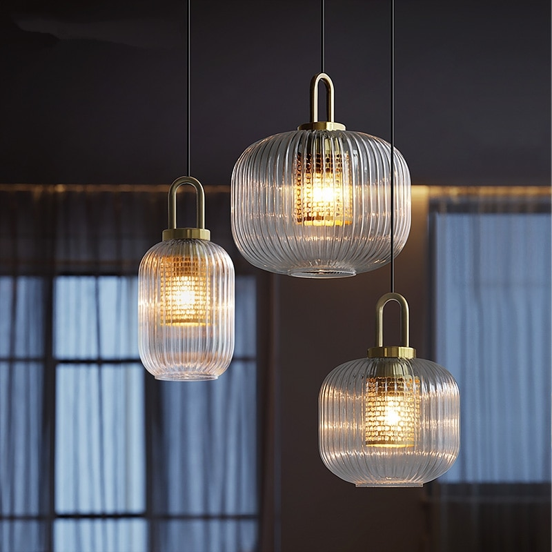 Modern crystal chandelier with Nordic stripe  is suitable for restaurants, bars, rooms, living rooms, corridors and headboards