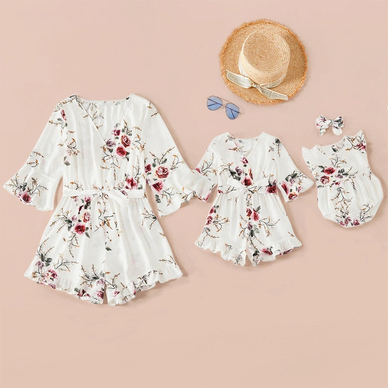 2021 Summer Mother Daughter Clothes Family Matching Jumpsuits Floral Print V Neck Playsuits Baby Wom