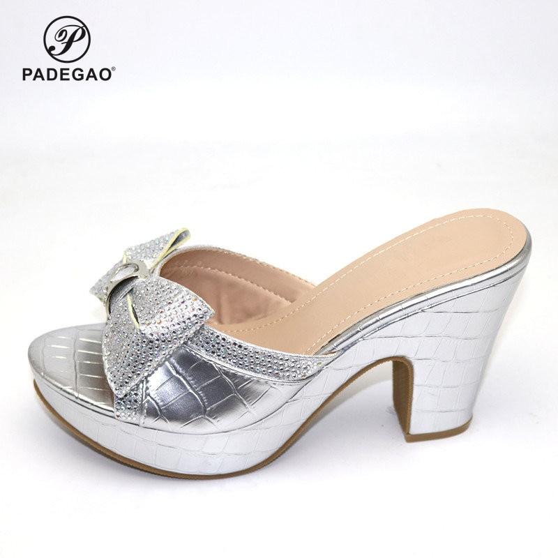 2020 último Color plateado nigeriano señoras Peel Toe zapatilla italiano edding bombas zapatos para fiesta