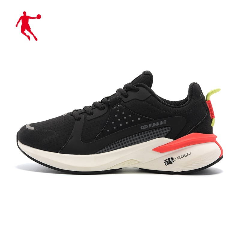 Sports shoes men's shoes 2021 summer new running shoes mesh anti slip wear shock absorption light running shoes