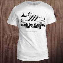 서있는 달리기 스포츠 남자 축구 80S 축구 훌리건 긱 Hipster T 셔츠
