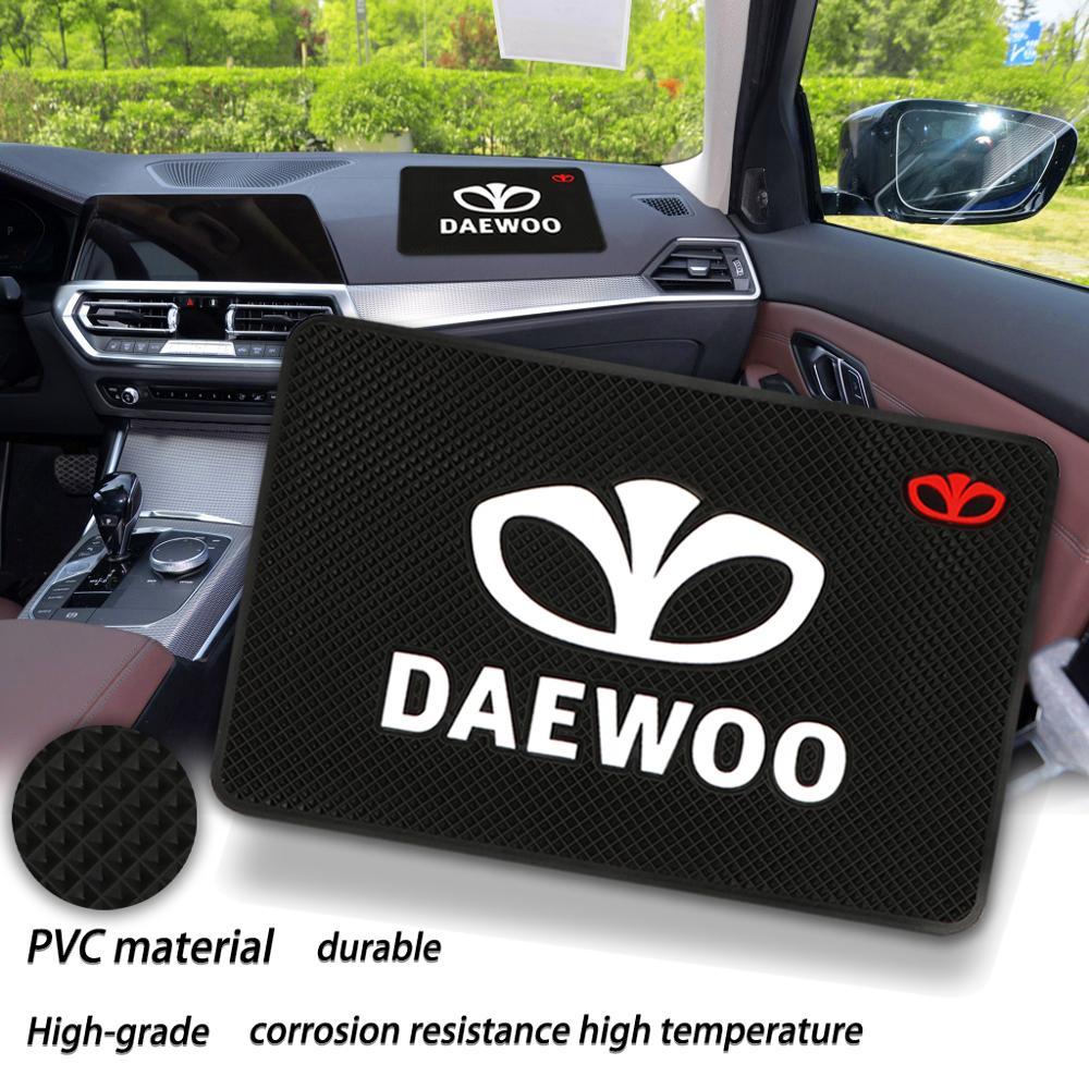 Car Logo Anti Slip Mat Phone Holder Non-Slip Mat non slip Pad For Daewoo Logo Winstom Espero Nexia Matiz Lanos Car accessories