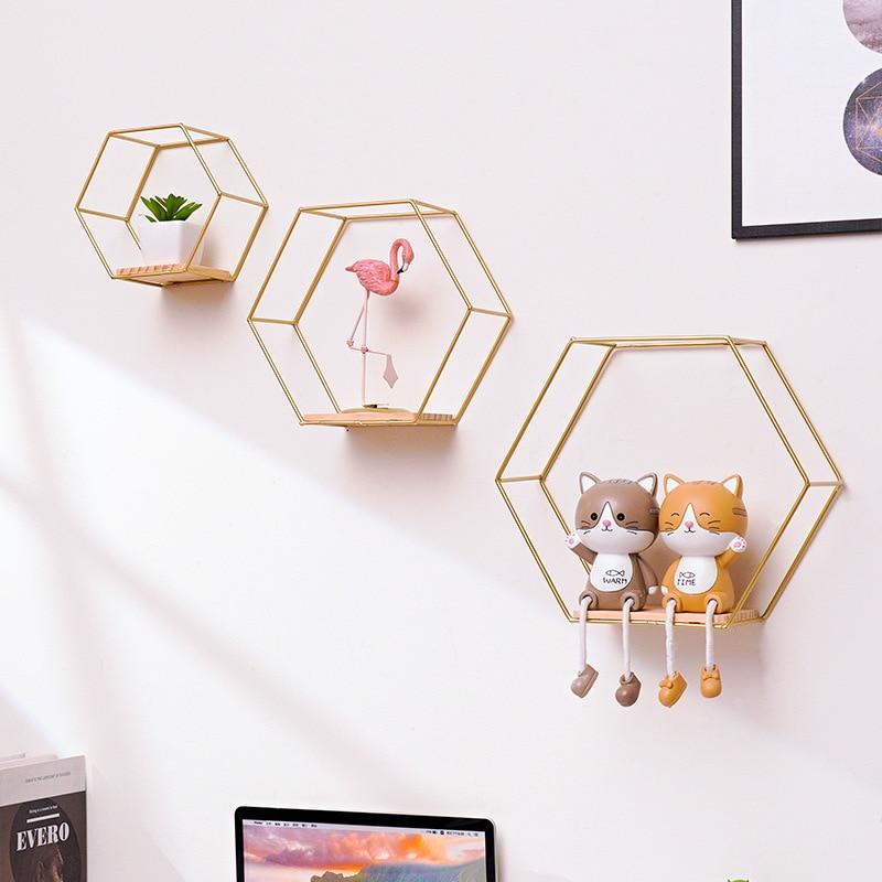 Креативные кованые железные настенные шестиугольные стеллажи для гостиной, настенные подвесные стеллажи для спальни, ванной, декоративные...