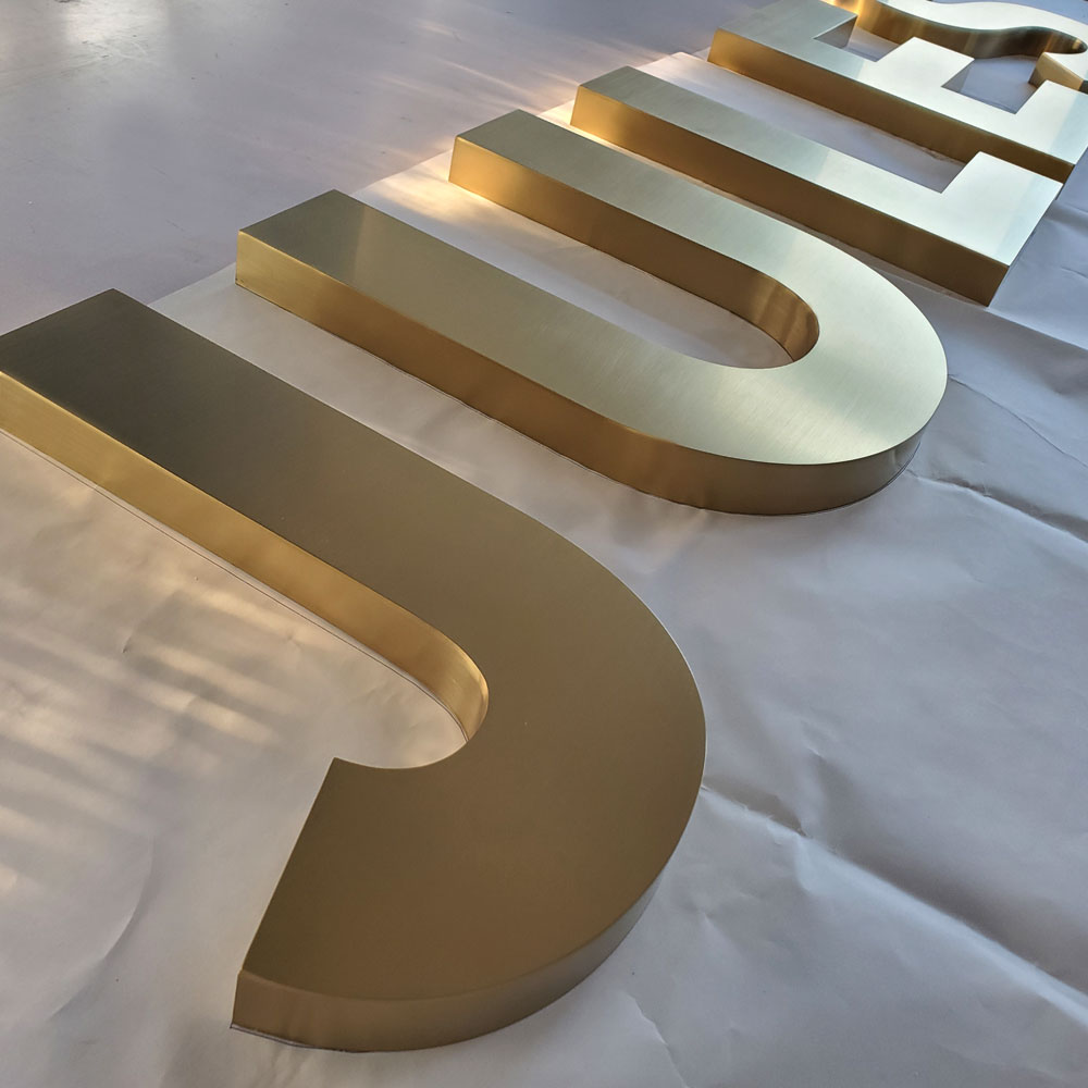 Golden Brushed Dimensional Letter Flat Cut Letters Solid SUS Letters Titanium Plating Signs Store Logos Advertising Signage